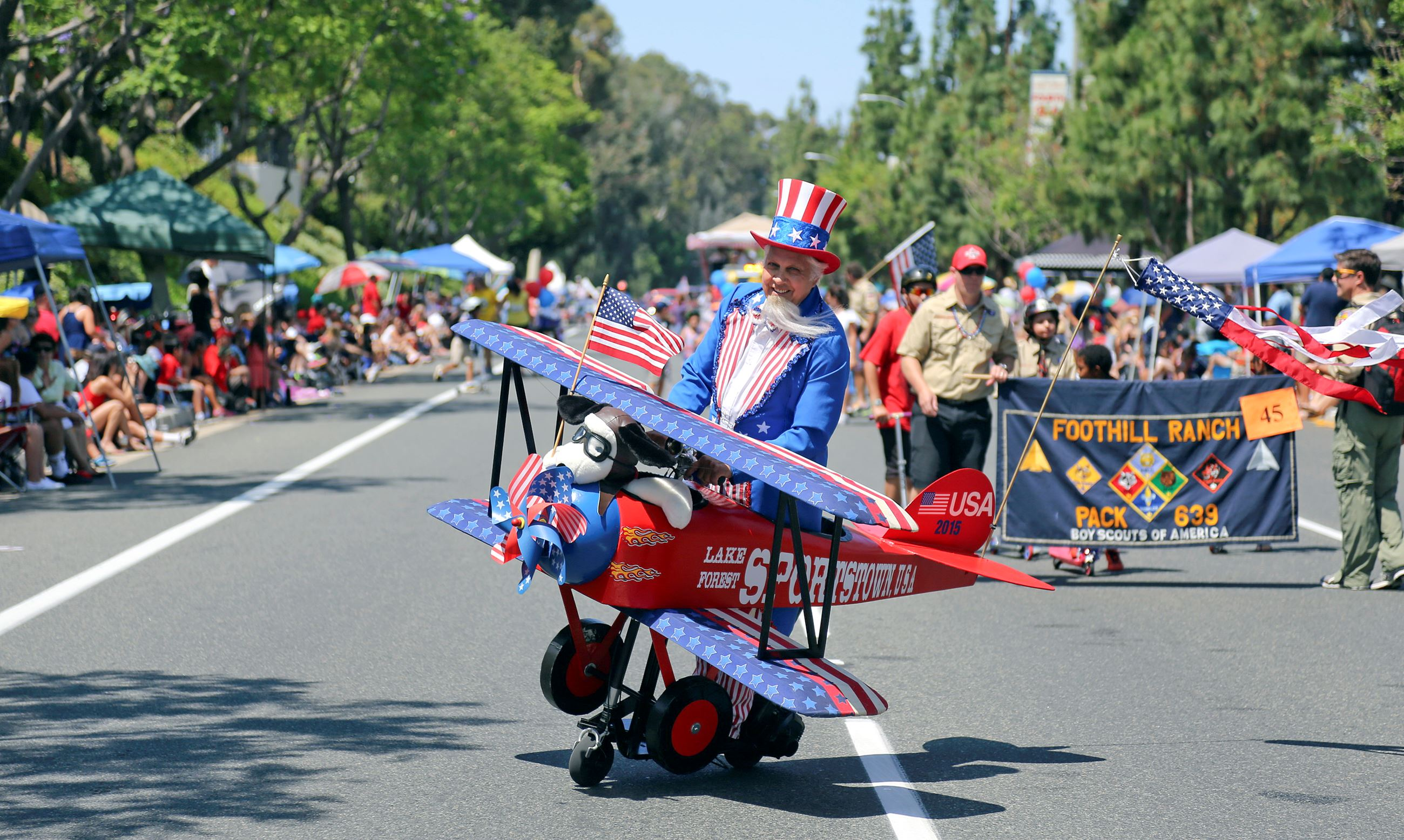 INDEPENDENCE PARADE 054